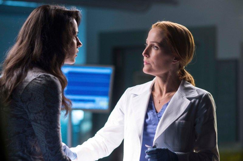 Gillian Anderson es Dana Scully en The X Files - FOX