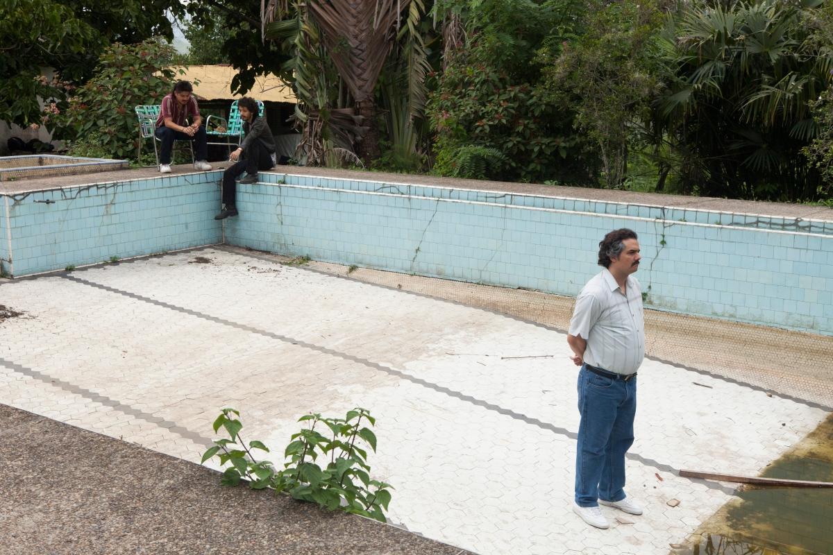 """""""Narcos"""": nuevas fotos, arte de tapa y trailer de la 2° temporada"""