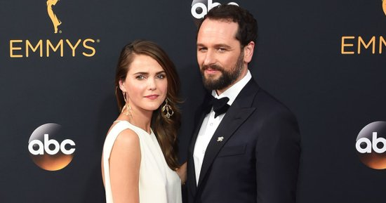 keri-russell-perfectly-sums-up-emmys-2016-basically-adult-prom
