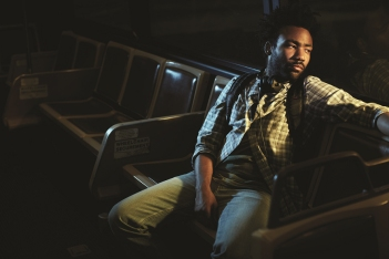 fox-comedy-atlanta-earn-donald-glover-2