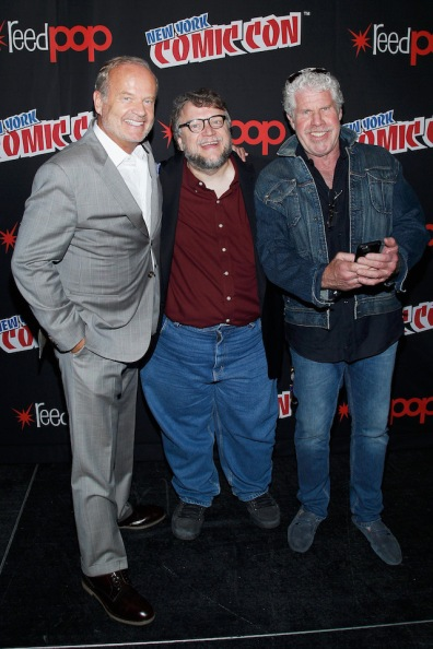 NEW YORK, NY - OCTOBER 08: (L-R) Actor Kelsey Grammer, creator and executive producer Guillermo del Toro and Actor Ron Perlman pose for a photo bakcstage as Netflix presents Dreamworks Trollhunters during New York Comic Con at Madison Square Garden on October 8, 2016 in New York City. (Photo by Lars Niki/Getty Images for Netflix) *** Local Caption *** Guillermo del Toro;Ron Perlman;Ron Perlman