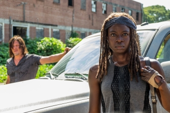 Norman Reedus as Daryl Dixon, Danai Gurira as Michonne - The Walking Dead _ Season 7, Episode 9 - Photo Credit: Gene Page/AMC
