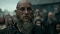 travis-fimmel-vikings