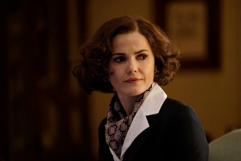 "THE AMERICANS -- ""Amber Waves"" -- Season 5, Episode 1 (Airs Tuesday, March 7, 10:00 pm/ep) -- Pictured: Keri Russell as Elizabeth Jennings. CR: Patrick Harbron/FX"