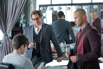 BULL stars Michael Weatherly as Dr. Jason Bull in a drama inspired by the early career of Dr. Phil McGraw as the founder of one of the most prolific trial consulting firms of all time.Ê Bull employs an enviable team of experts at Trial Analysis Corporation, including Chunk Palmer (Chris Jackson), a fashion-conscious stylist and former All-American lineman who fine tunes clientsÕ appearances for trial. Photo: David M. Russell/CBS ©2016 CBS Broadcasting, Inc. All Rights Reserved