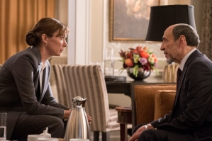 Elizabeth Marvel as Elizabeth Keane and F. Murray Abraham as Dar Adal in HOMELAND (Season 6, Episode 03). - Photo: JoJo Whilden/SHOWTIME - Photo ID: HOMELAND_603_226.R