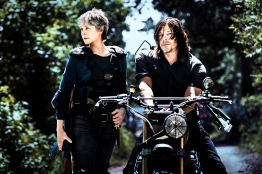 Norman Reedus as Daryl Dixon, Melissa McBride as Carol Peletier - The Walking Dead _ Season 8, Gallery - Photo Credit: Alan Clarke/AMC