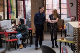 Scoot McNairy as Gordon Clark, Anna Chlumsky as Katie Herman- Halt and Catch Fire _ Season 4, Episode 4 - Photo Credit: Bob Mahoney/AMC