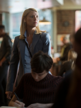 Claire Danes as Carrie Mathison in HOMELAND (Season 7, Episode 01). - Photo: Jacob Coppage/SHOWTIME - Photo ID: HOMELAND_701_2424.R
