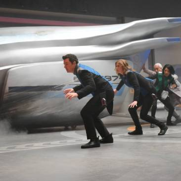 "THE ORVILLE: L-R: Seth MacFarlane, Adrianne Palicki, Penny Johnson Jerald and guest star Brian George in the new space adventure series from the creator of ""Family Guy."" The first part of the special two-part series premiere of THE ORVILLE will air Sunday, Sept. 10 (8:00-9:00 PM ET/PT), immediately following the NFL ON FOX Doubleheader. ©2017 Fox Broadcasting Co. Cr: Michael Becker/FOX"